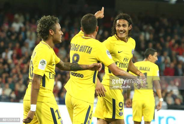 Edinson Cavani of PSG celebrates his goal with Neymar Jr Thiago Motta during the French Ligue 1 match between En Avant Guingamp and Paris Saint...
