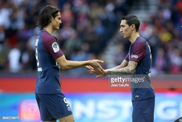 Edinson Cavani of PSG is replaced by Angel Di Maria during the French Ligue 1 match between Paris SaintGermain and FC Girondins de Bordeaux at Parc...