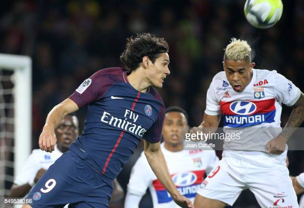Edinson Cavani of PSG Mariano Diaz of Lyon during the French Ligue 1 match between Paris Saint Germain and Olympique Lyonnais at Parc des Princes on...