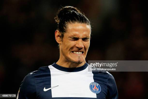 Edinson Cavani of PSG reacts to a missed chance on goal during the Ligue 1 match between Paris SaintGermain FC and Stade Rennais FC at Parc des...