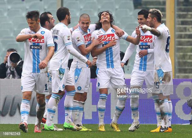 Edinson Cavani of SSC Napoli celebrates with his teammates after scoring during the Serie A match between ACF Fiorentina and SSC Napoli at Stadio...