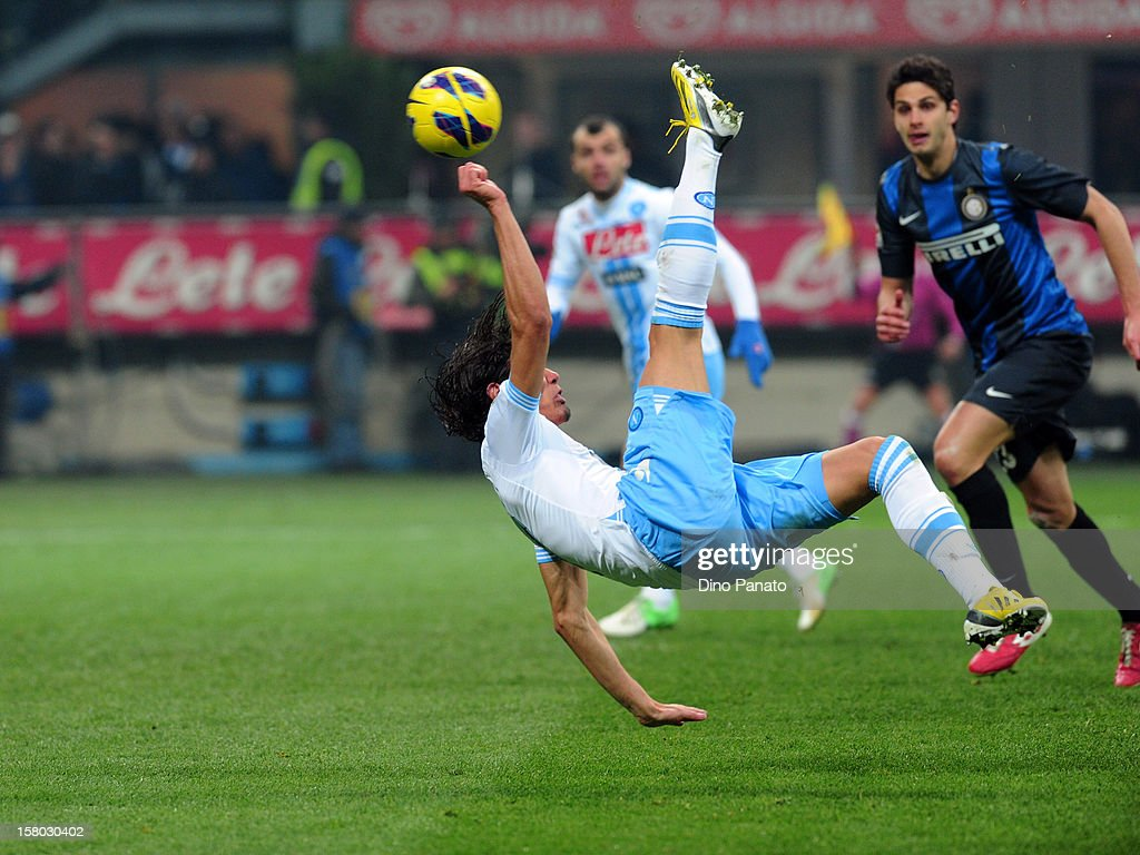 <a gi-track='captionPersonalityLinkClicked' href=/galleries/search?phrase=Edinson+Cavani&family=editorial&specificpeople=4104253 ng-click='$event.stopPropagation()'>Edinson Cavani</a> of SSC Napoli in action during the Serie A match between FC Internazionale Milano and SSC Napoli at San Siro Stadium on December 9, 2012 in Milan, Italy.