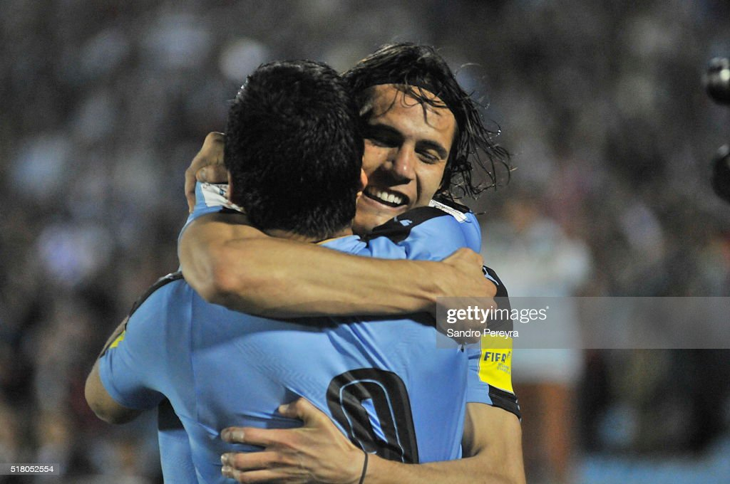 <a gi-track='captionPersonalityLinkClicked' href=/galleries/search?phrase=Edinson+Cavani&family=editorial&specificpeople=4104253 ng-click='$event.stopPropagation()'>Edinson Cavani</a> of Uruguay celebrates with teammate Luis Suarez after scoring the only goal during a match between Uruguay and Peru as part of FIFA 2018 World Cup Qualifiers at Centenario Stadium on March 29, 2016 in Montevideo, Uruguay.
