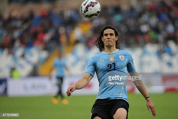 Edinson Cavani of Uruguay controls the ball during the 2015 Copa America Chile Group B match between Uruguay and Jamaica at Regional Calvo y Bascuñan...