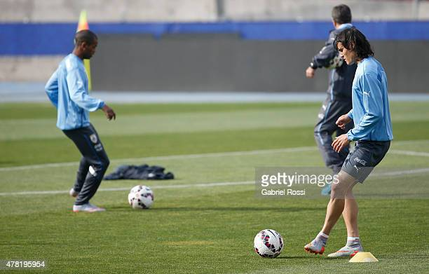 Edinson Cavani of Uruguay practices during a training session at Nacional Stadium on June 23 2015 in Santiago Chile Uruguay will face Chile as part...