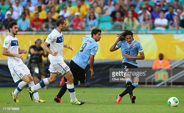 Edinson Cavani of Uruguay scores his team's first goal to make the score 11 during the FIFA Confederations Cup Brazil 2013 3rd Place match between...
