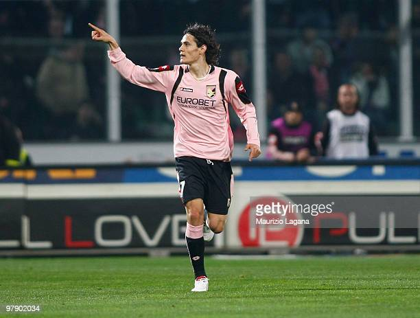 Edinson Cavani of US Citta di Palermo celebrates a goal during the Serie A match between US Citta di Palermo and FC Internazionale Milano at Stadio...
