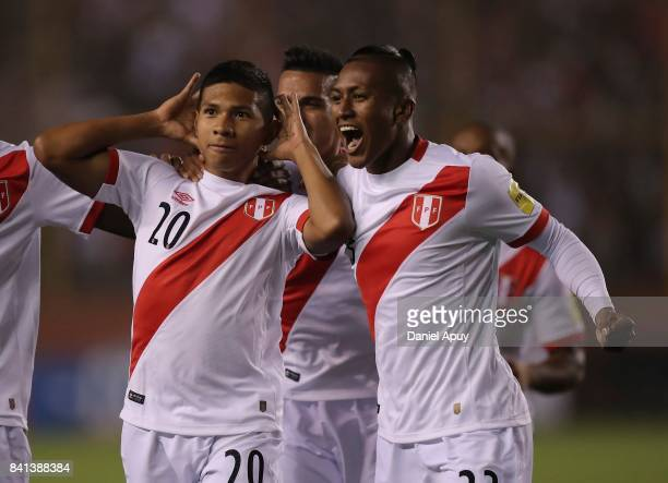 Edison Flores of Peru celebrates with teammates after scoring his team's first goal during a match between Peru and Bolivia as part of FIFA 2018...