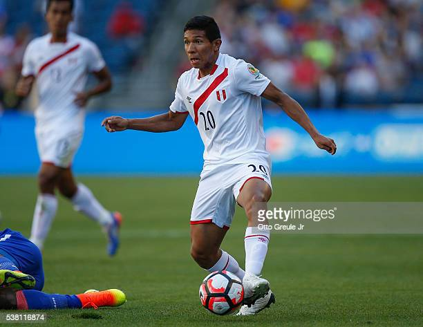 Edison Flores of Peru dribbles against Haiti during the Copa America Centenario Group B match at CenturyLink Field on June 4 2016 in Seattle...