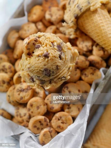 Cône de pâte modifiable brisures de chocolat Cookie