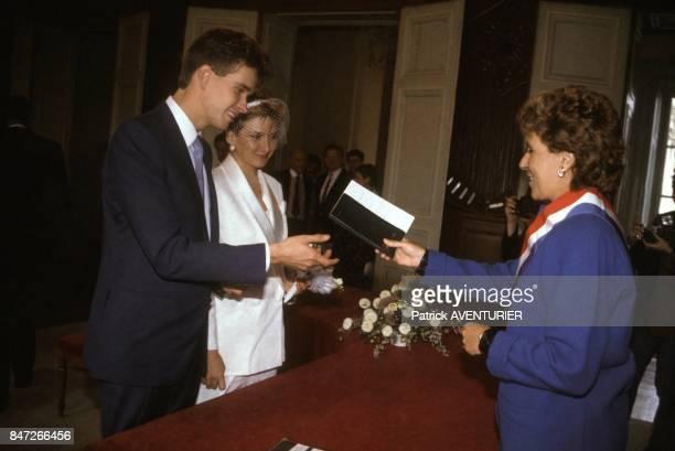 Edith Cresson au mariage de sa fille Nathalie le 15 septembre 1984 a Chatellereault France