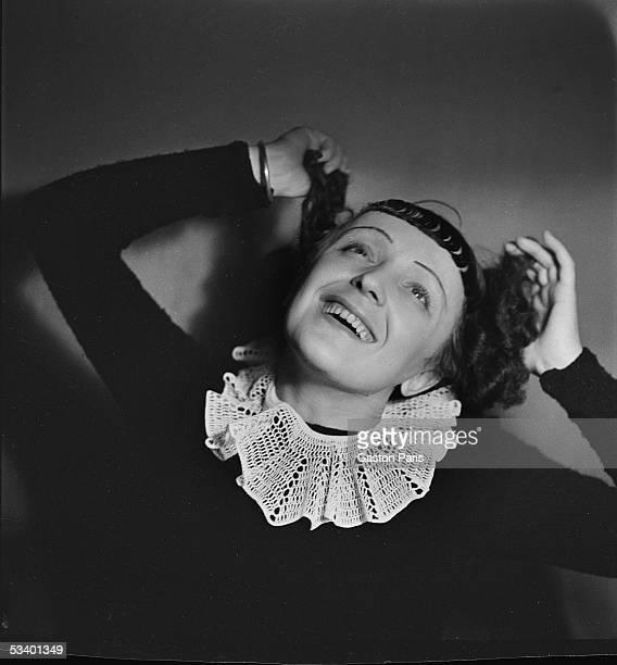 Edith Piaf French singer 1937