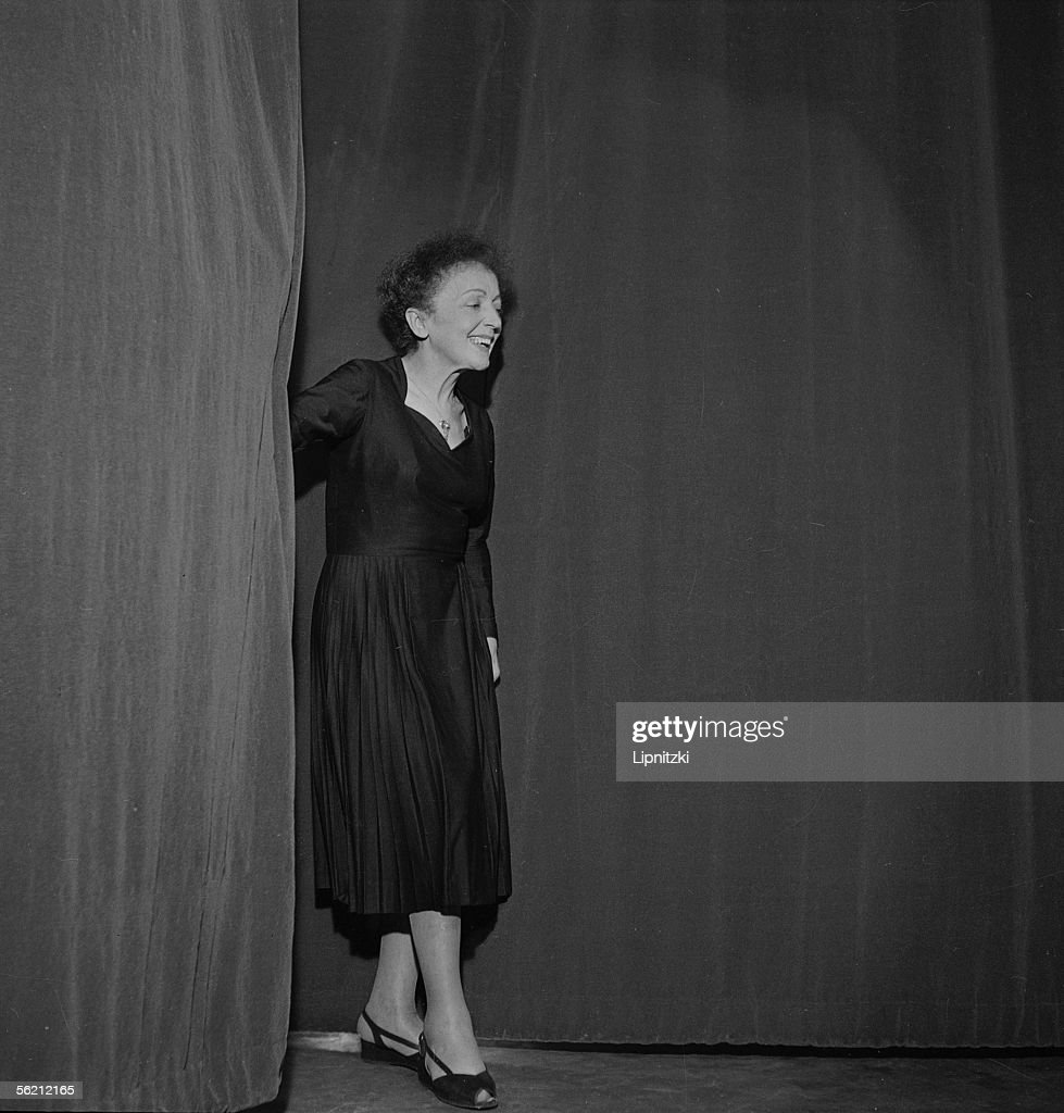 Edith Piaf (1915-1963), French singer. Paris, Olympia, January 1961.