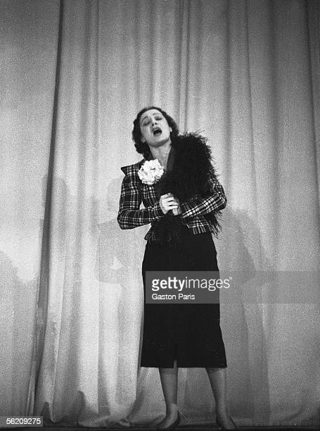 Edith Piaf French singer Paris theater of the ABC 1937