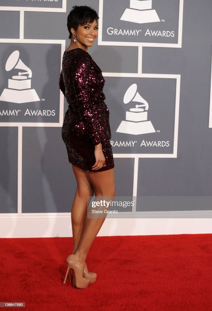 Editor Alicia Quarles arrives at The 54th Annual GRAMMY Awards at Staples Center on February 12, 2012 in Los Angeles, California.
