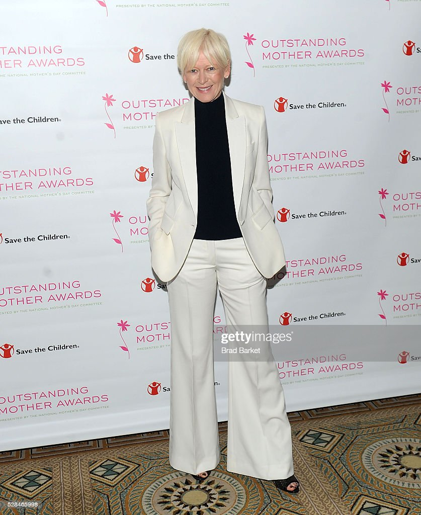 Editor and chief of Cosmopolitan <a gi-track='captionPersonalityLinkClicked' href=/galleries/search?phrase=Joanna+Coles&family=editorial&specificpeople=4060670 ng-click='$event.stopPropagation()'>Joanna Coles</a> attends the 2016 Outstanding Mother Awards at The Pierre Hotel on May 5, 2016 in New York City.
