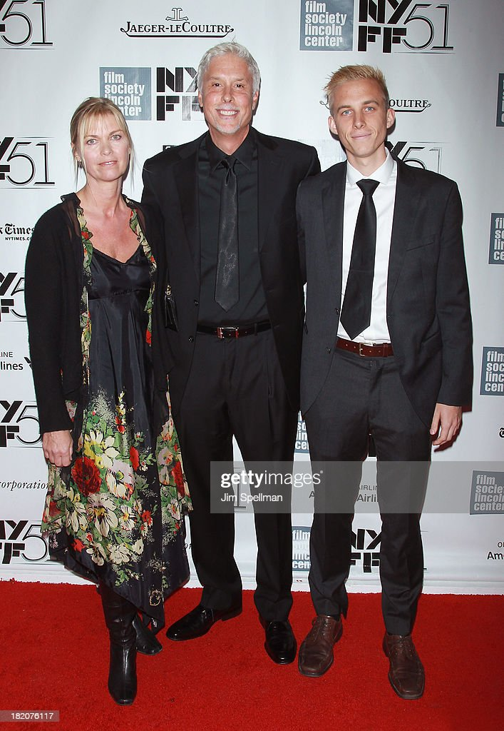 Editor <a gi-track='captionPersonalityLinkClicked' href=/galleries/search?phrase=Christopher+Rouse&family=editorial&specificpeople=4159557 ng-click='$event.stopPropagation()'>Christopher Rouse</a> and family attend the opening night gala world premiere of 'Captain Phillips' during the 51st New York Film Festival at Alice Tully Hall at Lincoln Center on September 27, 2013 in New York City.