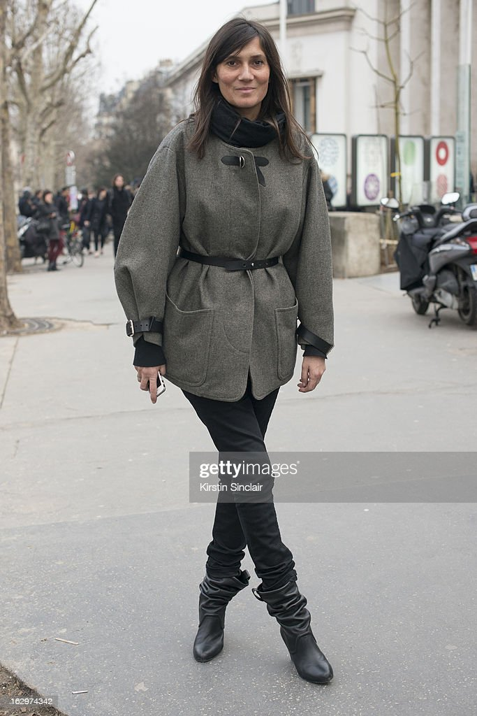 Editor in chief of Vogue France Emmanuelle Alt poses on day 2 of Paris Womens Fashion Week Autumn/Winter 2013 on March 1, 2013 in Paris, France.