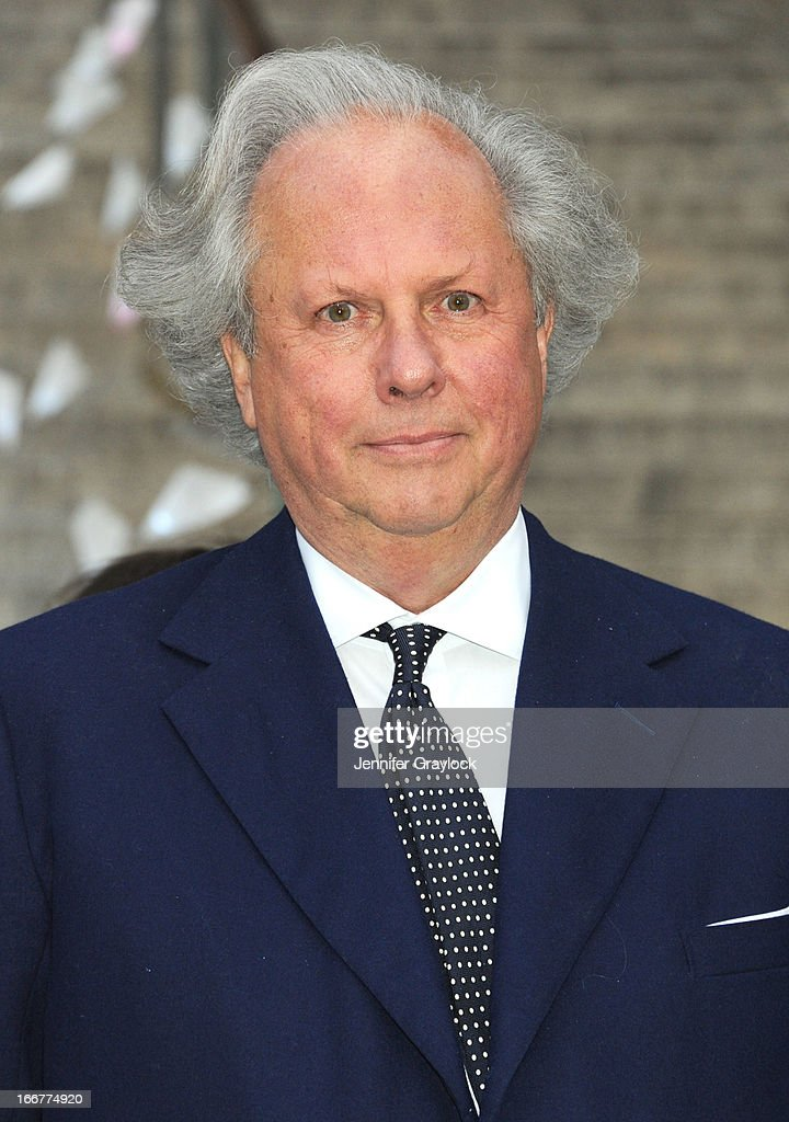 Editor in Chief Vanity Fair Magazine Graydon Carter attends the Vanity Fair Party 2013 Tribeca Film Festival Opening Night Party held at the New York State Supreme Courthouse on April 16, 2013 in New York City.