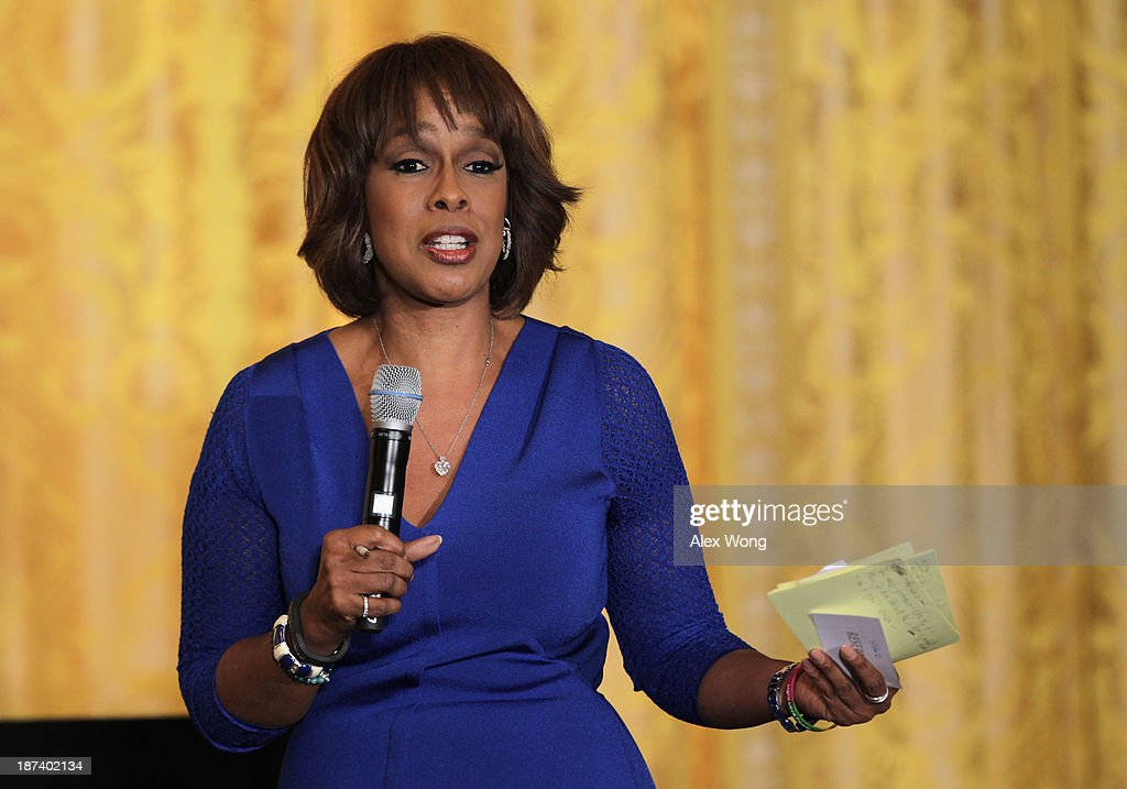 Editor-at-large of The Oprah Magazine <a gi-track='captionPersonalityLinkClicked' href=/galleries/search?phrase=Gayle+King&family=editorial&specificpeople=215469 ng-click='$event.stopPropagation()'>Gayle King</a> speaks during a workshop for high school students from DC, New York and Boston about careers in film production November 8, 2013 at the East Room of the White House in Washington, DC. Students had an opportunity to hear from leaders in the industry about animation, special effects, makeup, costume, directing, music and sound effects.