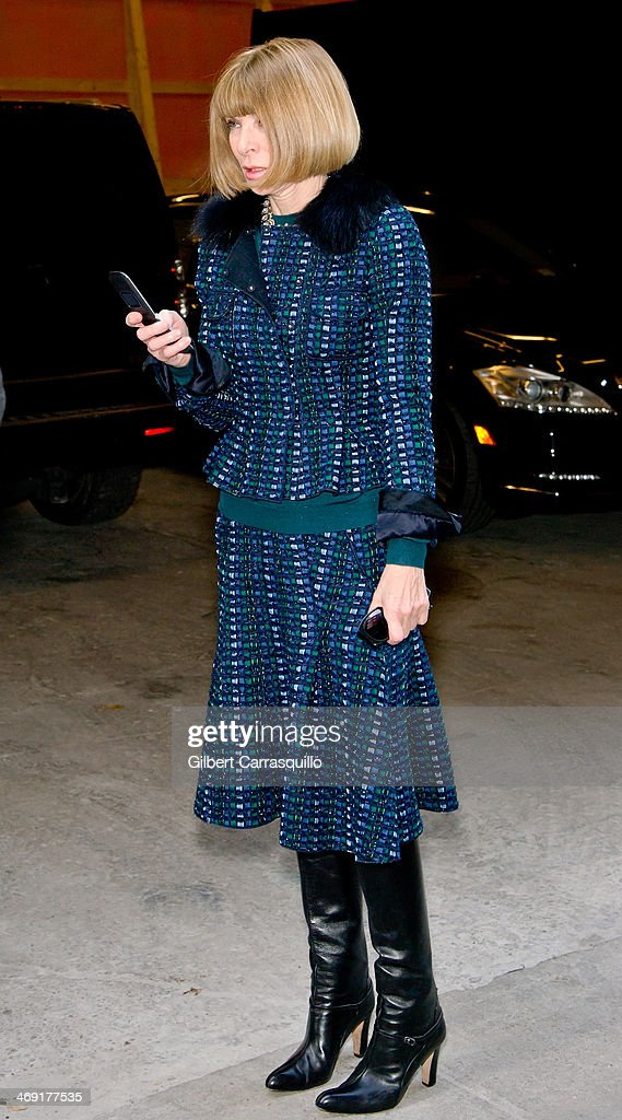 Editor-in-Chief at American Vogue <a gi-track='captionPersonalityLinkClicked' href=/galleries/search?phrase=Anna+Wintour&family=editorial&specificpeople=202210 ng-click='$event.stopPropagation()'>Anna Wintour</a> attends Michael Kors fashion show during Fall 2014 Mercedes - Benz Fashion Week on February 12, 2014 in New York City.