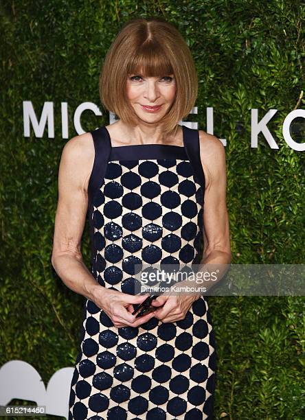 EditorinChief at Vogue Anna Wintour attends the God's Love We Deliver Golden Heart Awards on October 17 2016 in New York City
