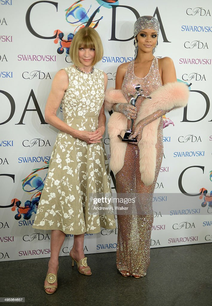 Editor-in-chief of American Vogue <a gi-track='captionPersonalityLinkClicked' href=/galleries/search?phrase=Anna+Wintour&family=editorial&specificpeople=202210 ng-click='$event.stopPropagation()'>Anna Wintour</a> and Fashion Icon award recipient <a gi-track='captionPersonalityLinkClicked' href=/galleries/search?phrase=Rihanna&family=editorial&specificpeople=453439 ng-click='$event.stopPropagation()'>Rihanna</a> attend the winners walk during the 2014 CFDA fashion awards at Alice Tully Hall, Lincoln Center on June 2, 2014 in New York City.