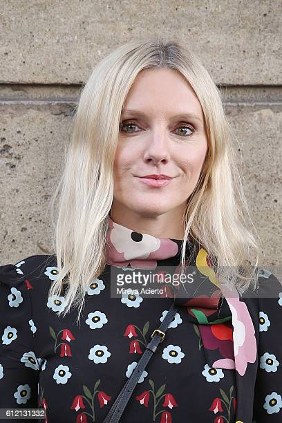 editorinchief of InStyle Magazine Laura Brown attends the Valentino show as part of the Paris Fashion Week Womenswear Spring/Summer 2017 on October 2...
