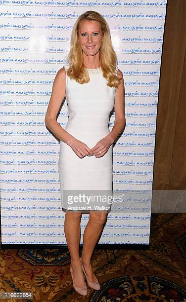 EditorInChief of SemiHomemade Magazine and New York Times bestselling author Sandra Lee attends the MakeAWish Foundation of Metro New York Annual...