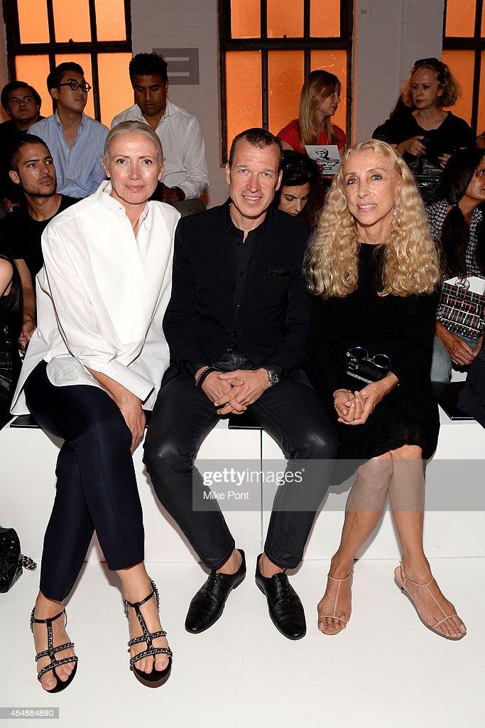 Editorinchief of Vogue Deutsch Christiane Arp Porsche Design CEO Juergen Gessler and editorinchief of Vogue Italia Franca Sozzani attend the Porsche...