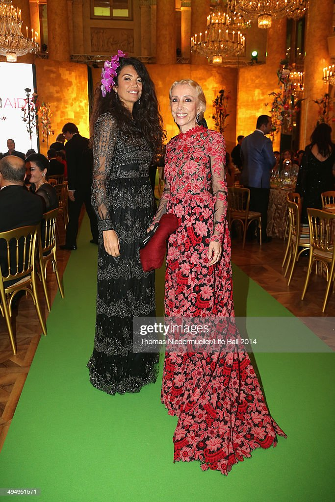 Editor-in-Chief of Vogue Italy <a gi-track='captionPersonalityLinkClicked' href=/galleries/search?phrase=Franca+Sozzani&family=editorial&specificpeople=639425 ng-click='$event.stopPropagation()'>Franca Sozzani</a> (R) and <a gi-track='captionPersonalityLinkClicked' href=/galleries/search?phrase=Afef+Jnifen&family=editorial&specificpeople=612316 ng-click='$event.stopPropagation()'>Afef Jnifen</a> attend the AIDS Solidarity Gala 2014 at Hofburg Vienna on May 31, 2014 in Vienna, Austria.