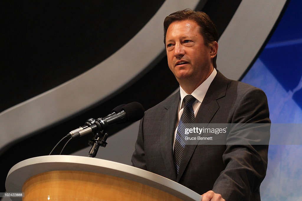 Edmonton Oilers' General Manager Steve Tambellini speaks during the 2010 NHL Entry Draft at Staples Center on June 25, 2010 in Los Angeles, California.