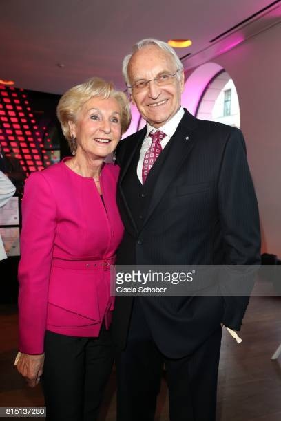 Edmund Stoiber and his wife Karin Stoiber at the MercedesBenz reception at 'Klassik am Odeonsplatz' on July 15 2017 in Munich Germany