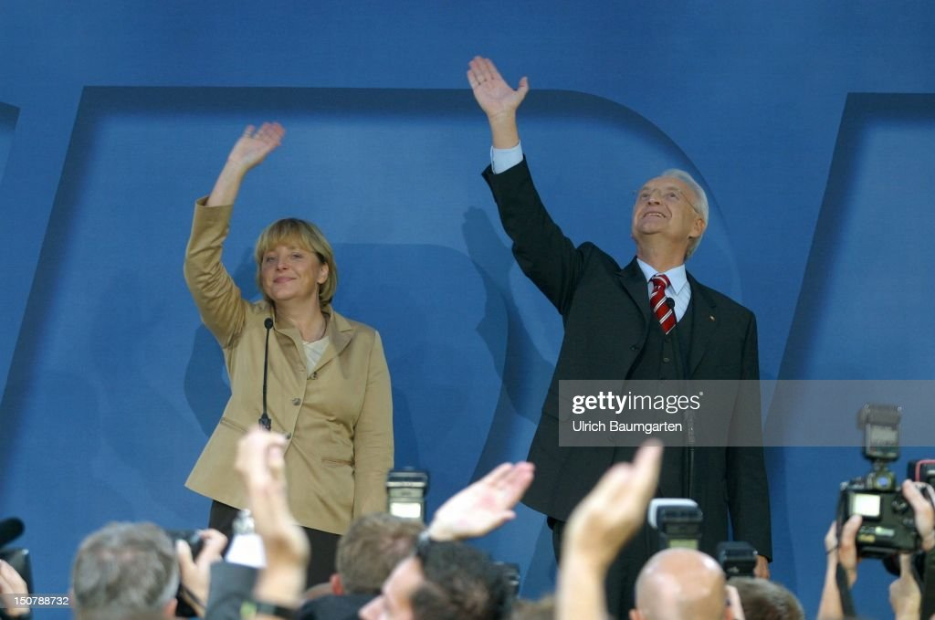 DR Edmund STOIBER ( CSU ), candidate for the chancellorship of the CDU/CSU, and DR Angela Merkel, party chairwoman of the CDU, during parliamentary elections.