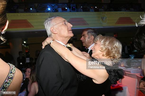 Edmund Stoiber Und Ehefrau Karin Beim 34 Deutschen Filmball Im Hotel Bayerischer Hof In München Am 200107