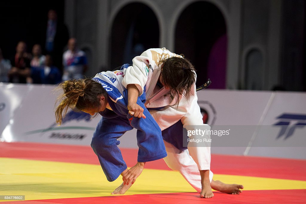 Edna Carrillo (Blue) of Mexico competes with <a gi-track='captionPersonalityLinkClicked' href=/galleries/search?phrase=Sarah+Menezes&family=editorial&specificpeople=6652788 ng-click='$event.stopPropagation()'>Sarah Menezes</a> (white) of Brazil during the women's -48kg fight as part of the World Judo Masters Guadalajara 2016 at Adolfo Lopez Mateos Sports Centre on May 27, 2016 in Gudalajara, Mexico.