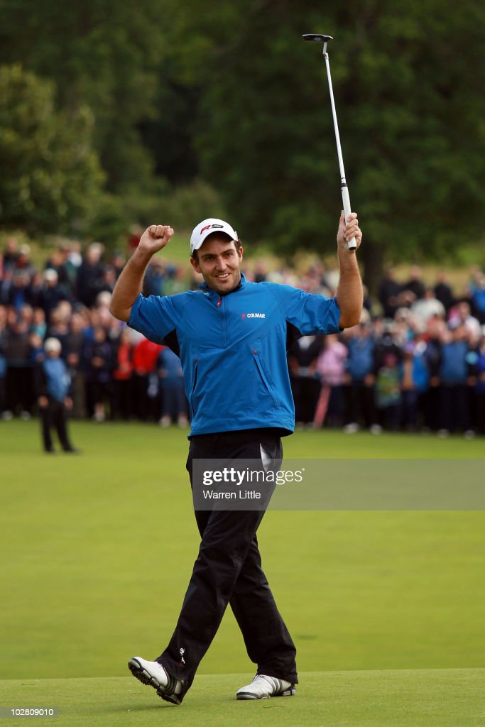 Edoardo Molinari of Italy reacts to a missed birdie putt on the 18th green during round four of The Barclays Scottish Open at Loch Lomond Golf Club on July 11, 2010 in Luss, Scotland.