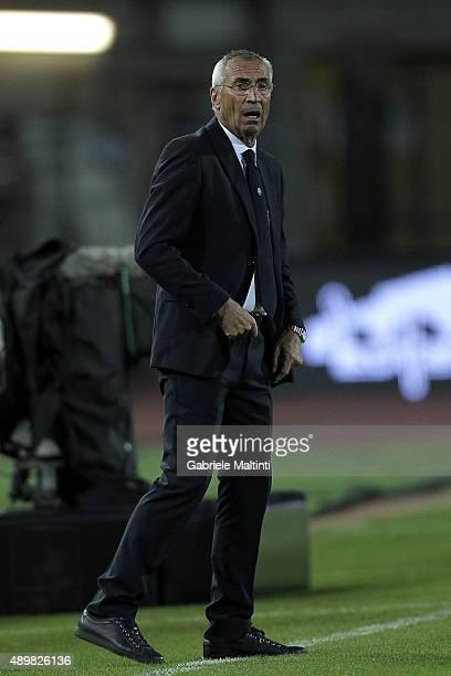 Edoardo Reja head coach of Atalanta BC looks on during the Serie A match between Empoli FC and Atalanta BC at Stadio Carlo Castellani on September 24...