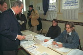 Edouard Balladur head of the list for Paris in his voting bureau
