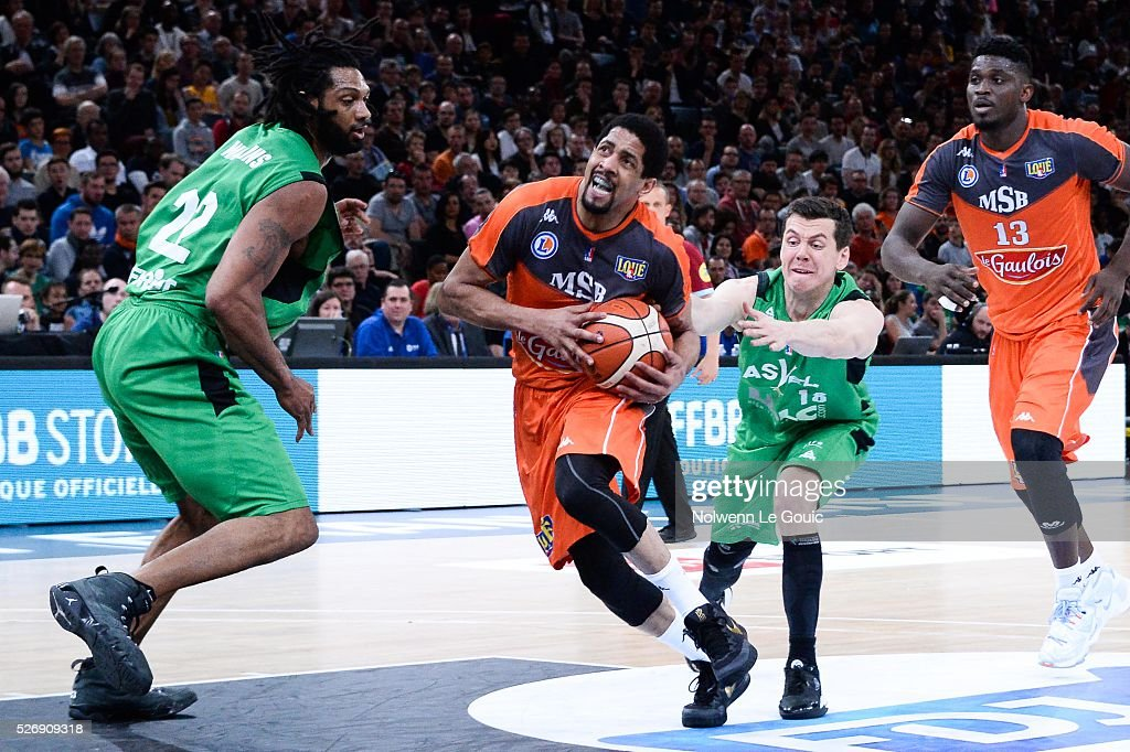 Edouard Choquet of ASVEL and Tywain McKee of Le Mans during the Basketball men's National Cup match between ASVEL and Le Mans at Hotel Accor Arena Bercy on 1st May, 2016 in Paris, France.