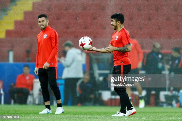 Edson Puch of the Chile national football team attends a training session at Otkrytiye Arena in Moscow Russia on June17 2017 Chile will face Cameroon...