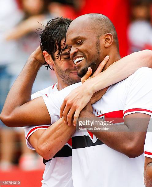 Edson Silva of Sao Paulo celebrates the team's first goal during the match between Sao Paulo and Figueirense for the Brazilian Series A 2014 at...