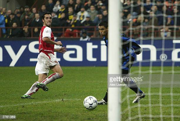 Edu of Arsenal scores their fourth goal during the UEFA Champions League Group B match between Inter Milan and Arsenal at the San Siro on November 25...
