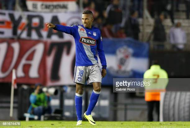 Eduar Preciado of Emelec celebrates after scoring the opening goal during a group stage match between River Plate and Emelec as part of Copa CONMEBOL...