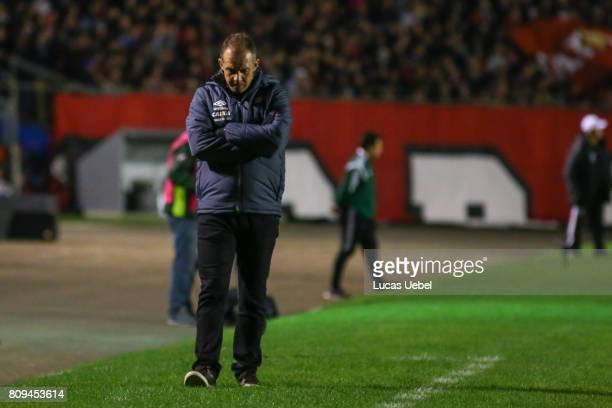 Eduardo Baptista coach of Atletico PR during the match Atletico PR v Santos as part of Copa Bridgestone Libertadores 2017 at Vila Capanema Durival...