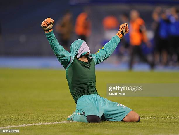 Eduardo of Dinamo celebrates at the end of the match between GNK Dinamo Zagreb and Arsenal on September 16 2015 in Zagreb Croatia