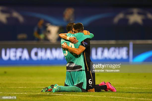 Eduardo of Dinamo Zagreb celebrates with Ivo Pinto of Dinamo Zagreb after the UEFA Champions League Group F match between Dinamo Zagreb and Arsenal...