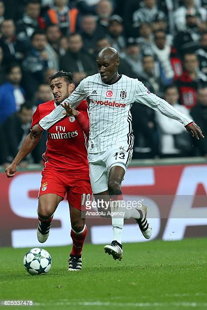Eduardo Salvio of Benfica in action against Atiba Hutchinson of Besiktas during the UEFA Champions League Group B match between Besiktas and SL...