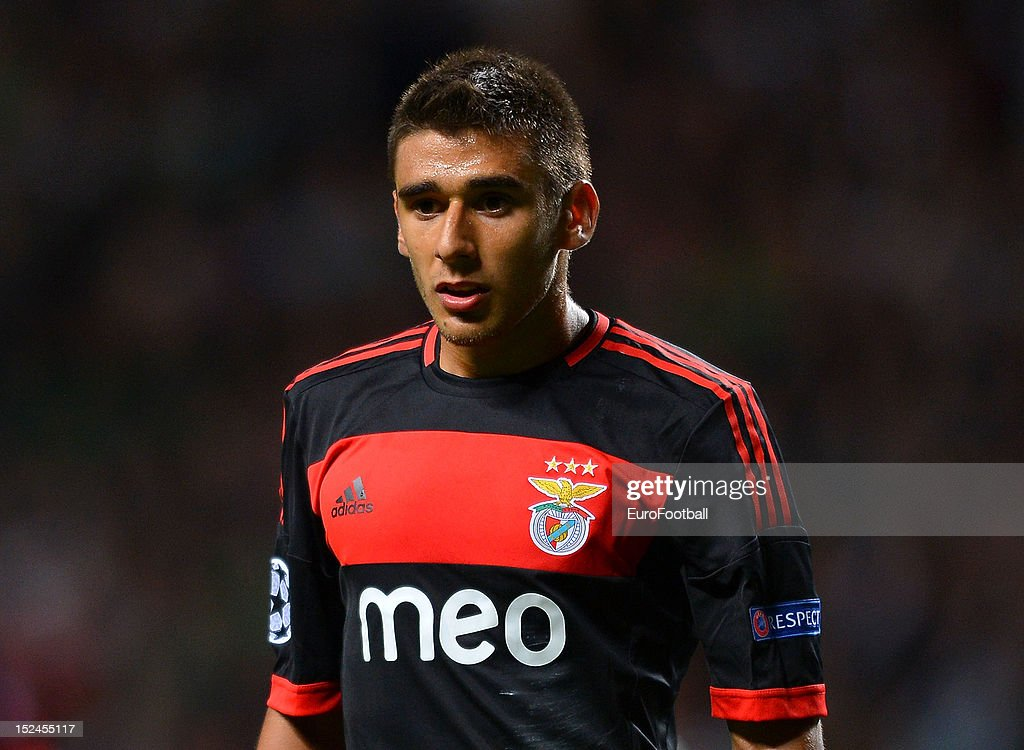 Eduardo Salvio of SL Benfica during the UEFA Champions League group stage match between Celtic FC and SL Benfica on September 19, 2012 at Celtic Park in Glasgow, Scotland.