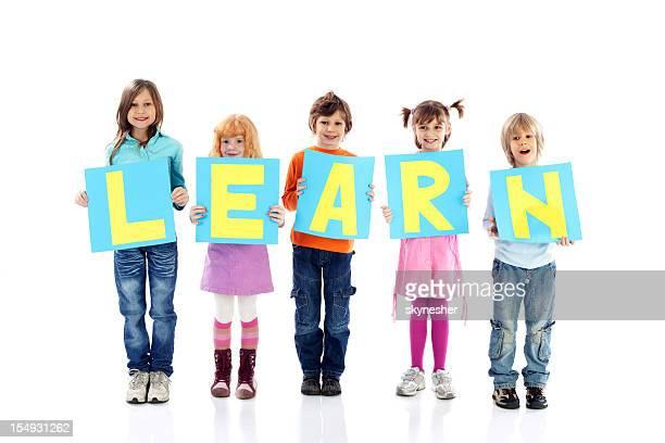 Mensagem de educação de uma criança sorridente